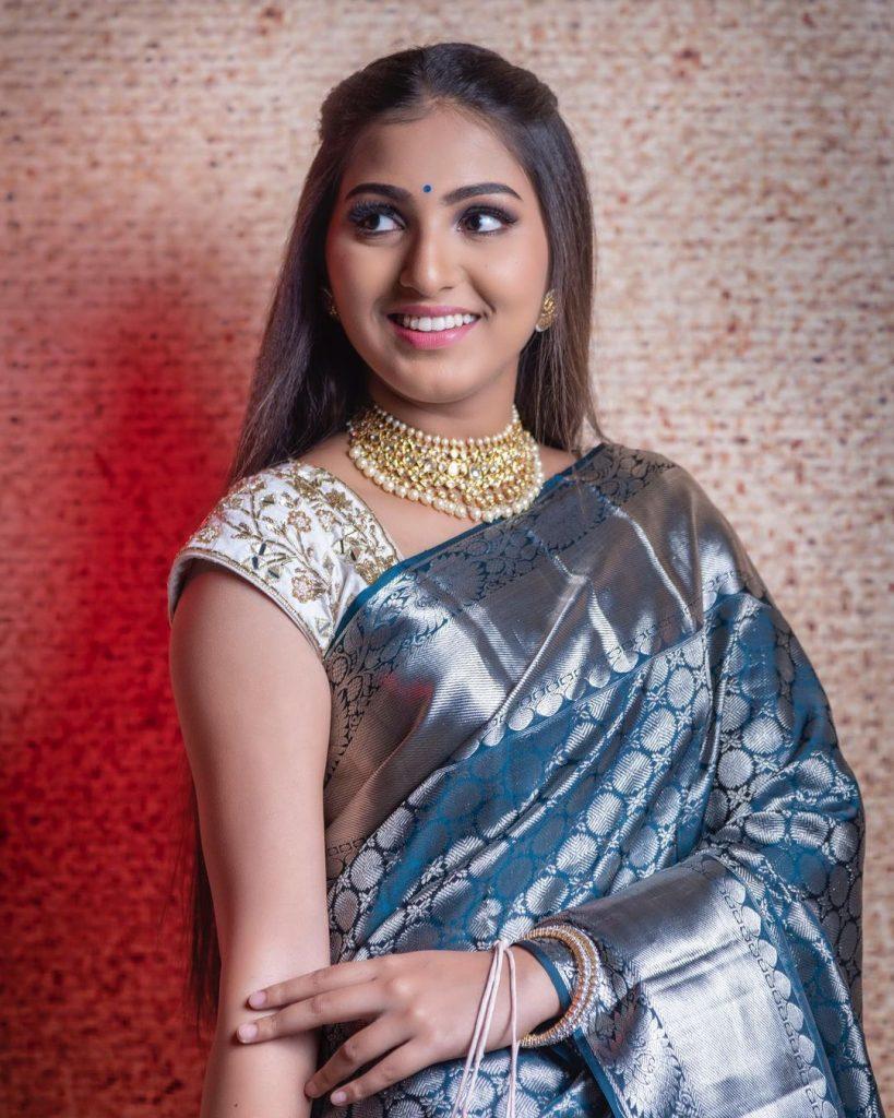 Pranavi Manukonda Photos, images